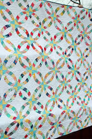 wedding ring quilt pattern in the garden metro rings quilt a wedding ring and