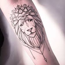 25 beautiful geometric lion tattoo ideas on pinterest geometric