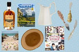 Best Housewarming Gifts 2015 9 Housewarming Gifts Guaranteed To Get You Invited Back Trulia U0027s