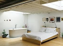 chambre avec baignoire salle de bain dans chambre une tendance élégante et pratique
