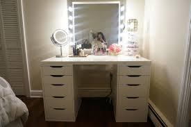 Lighted Bedroom Vanity Set Lighted Bedroom Vanity Lighted Bedroom Vanity Sets With Mirror