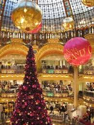 the christmas tree from the galeries lafayette paris