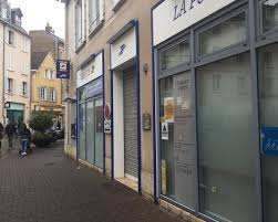 bureau plus chartres le bureau de la poste fermé pour sept semaines dans la rue de la
