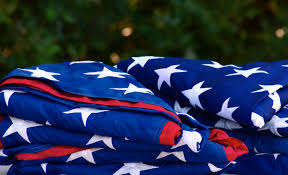How To Retire A Flag Boy Scouts Participate In Flag Retirement Ceremony Youtube