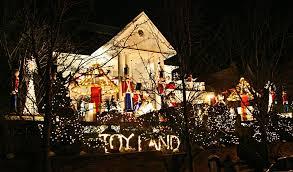 dyker heights brooklyn christmas lights dyker heights christmas lights new york city christmas lights