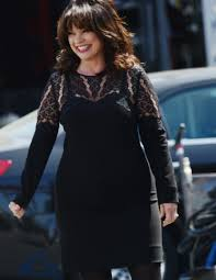 how to get valerie bertinelli current hairstyle valerie bertinelli weight gain pics go viral she speaks out about