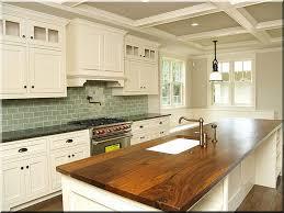 comptoir de la cuisine comptoir de la cuisine en chêne planches d acacia vieux linteau