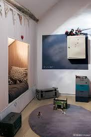 chambre kid on cache le lit dans une alcove pour créer un coin boudoir dccv