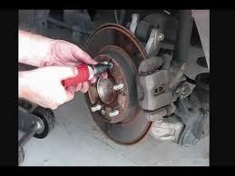 2007 honda accord rotors how to replace brake pads and rotors on honda civic 2007 part3