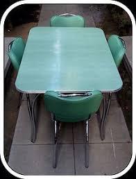 Vintage Retro S White Kitchen Or Dining Room Table With - Retro dining room table