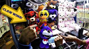 claw machine crane game ufo catcher wins fails many different