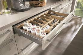 cuisine pratique ergonomie et stockage pour votre cuisine équipée