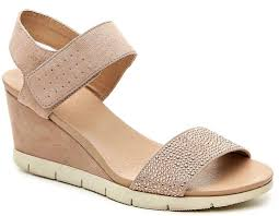 Comfortable Cute Walking Shoes Online Shopping Guide Favorite Places To Buy Travel Friendly Clothes