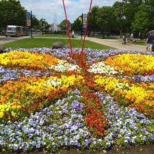 Designing Flower Beds 10 Best Flower Bed Designs Images On Pinterest Landscaping