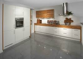 cuisine bois et blanc laqué cuisine blanc laqué bois en photo