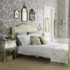 floral bedroom design with wallpaper theme
