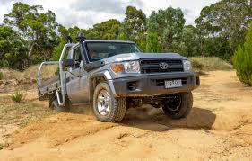 land cruiser pickup v8 2017 toyota landcruiser 79 series single cab chassis review