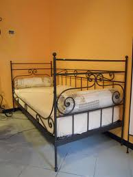 divanetti antichi divani in ferro battuto home interior idee di design tendenze e