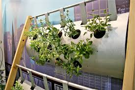 how to build a vertical vegetable garden gardening ideas