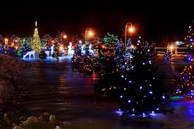 take a tour of christmas lights in bowmanville and cobourg with