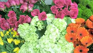 How To Make Flower Arra How To Make A Mounded Flower Arrangement Wayfair