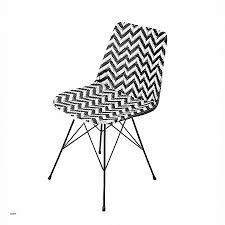 chaise noir et blanc chaise chaise noir et blanc design beautiful chaise en résine