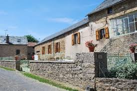 chambre d hote severac le chateau chambres d hôtes entre dolmens et fontaines à buzeins en midi