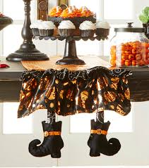 Joanns Halloween Fabric How To Make A Make It Your Own Halloween Table Runner Joann