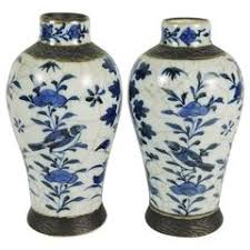 Blue And White Vases Antique Antique Asian Ceramics 1 784 For Sale At 1stdibs