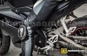 membuat lu led headl motor lagi spyshoot yamaha new r15 di spbu jepretan bersih nih