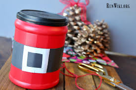 easy diy upcylced folgers can santa belt container