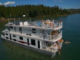 Sleepless In Seattle Houseboat by Shasta Lake Vacation Rental Vrbo 470770 7 Br Shasta Lake House