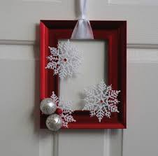 Metal Frame Christmas Decorations by Best 25 Picture Frame Wreath Ideas On Pinterest Picture Frame