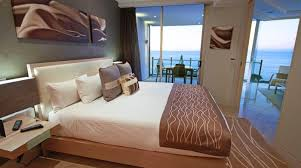 in suite designs luxury 5 accommodation oceans mooloolaba resort