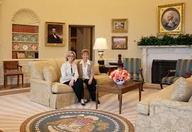 oval office design trump ordinary desk in the oval office design