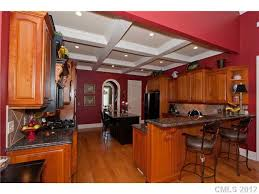 when selling your home leave the red out decorating by donna
