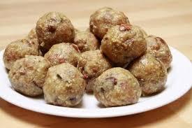 gomme arabique cuisine dink ladoos boulettes sucrées à la gomme arabique arabia