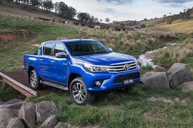 toyota suv trucks 2016 toyota hilux debuts with new 177hp diesel 33 photos u0026 videos