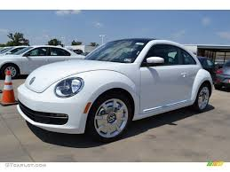volkswagen bug 2013 candy white 2013 volkswagen beetle 2 5l exterior photo 69443941