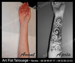 tatouage femme avant bras cover dressing magazine mode et handicap