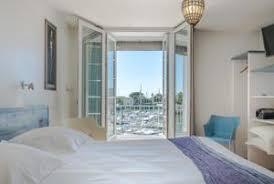 chambre familiale la rochelle hotel la marine 2 étoiles avec chambres familiales à la rochelle
