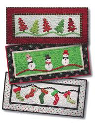 quilt patterns merry merry table runner pattern
