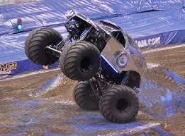 scooby doo monster truck video cincinnati ohio moremonsterjam april 10 2015 teasers