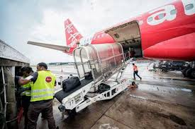 airasia bandung singapore sats and airasia in partnership to grow ground handling across asean