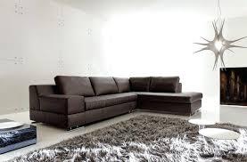 comment nettoyer un canap en simili cuir comment nettoyer une maison great comment nettoyer les poils de