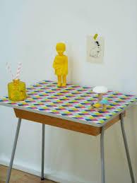 bureau enfant vintage bureau enfant vintage ou table de chevet charlotsometimes