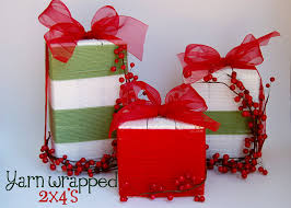 wood christmas gifts super cute yarn wrapped 2x4s from southern