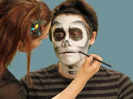 easy face makeup for halloween halloween makeup tutorial skeleton hgtv