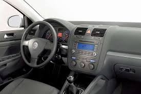 Putting An Aux Port In Your Car Bluetooth And Iphone Ipod Aux Kits For Volkswagen Jetta 2006 2010