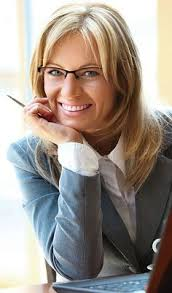 stylish eyeglass frames for women over 50 for a smart new look